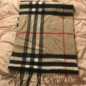 Authentic Burberry Classic Check Signature Scarf!